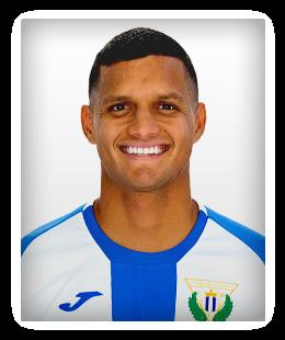 Roberto Rosales